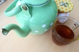 Nad prehlade tudi s čajnimi mešanicami