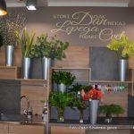 FOTO: Prenovljeni prostori in ponudba Cvetličarne Maj ob pokopališču