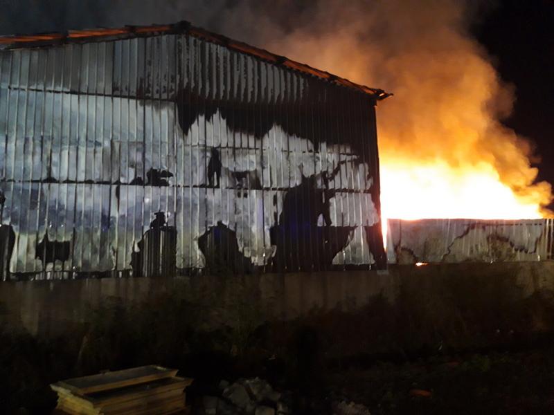 Gasilec Florjan Rajšp o nalogah gasilcev in sodelovanju s civilno zaščito