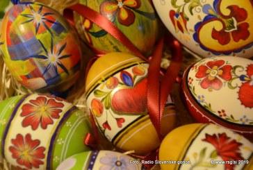 8. velikonočna razstava pirhov ta vikend vabi v Sv. Trojico