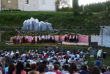 Predstava Miklova Zala na poletnem gledališču na prostem v Veliki Nedelji