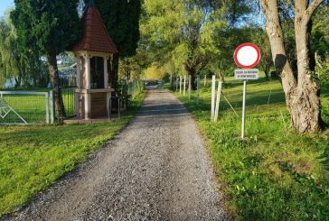 Zapora ceste okoli Trojiškega jezera je potrebna za nadaljnji razvoj tega območja