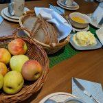 Potepanje po Slovenskih goricah – KRUH in MED