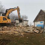 FOTO: Sanje družine Vasle so se začele uresničevati – na mestu stare cimprače so že temelji nove nizkoenergijske hiše